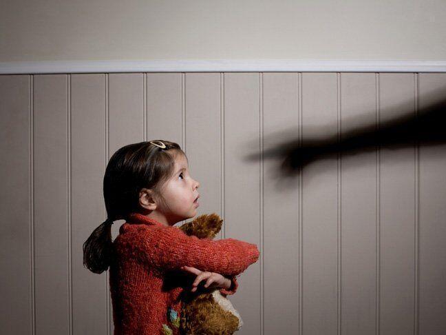 خبرنگاران خشونت خانگی، علت ها و راهکارها