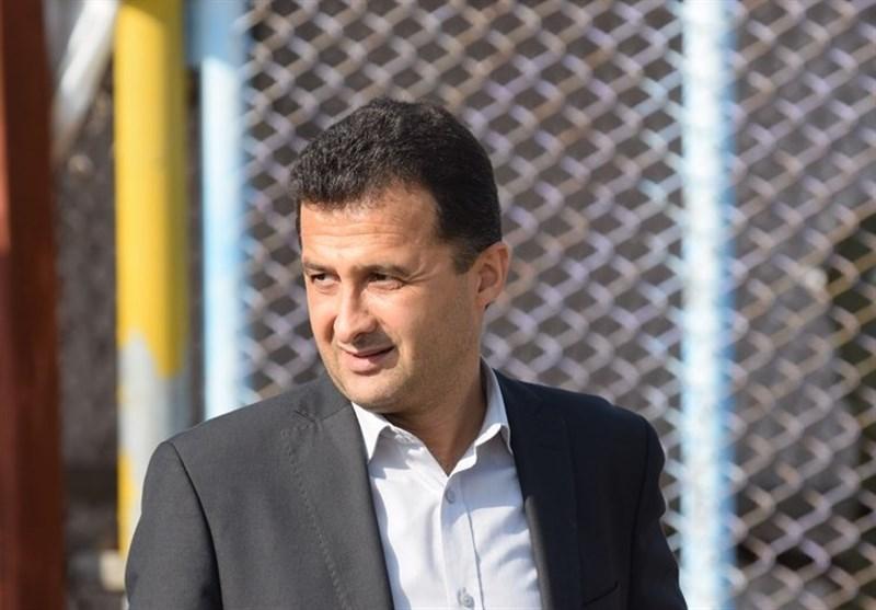 محمودزاده: ممنوعیت جذب بازیکن خارجی باید به تصویب هیئت رئیسه فدراسیون فوتبال برسد، این قانون تبعاتی خواهد داشت
