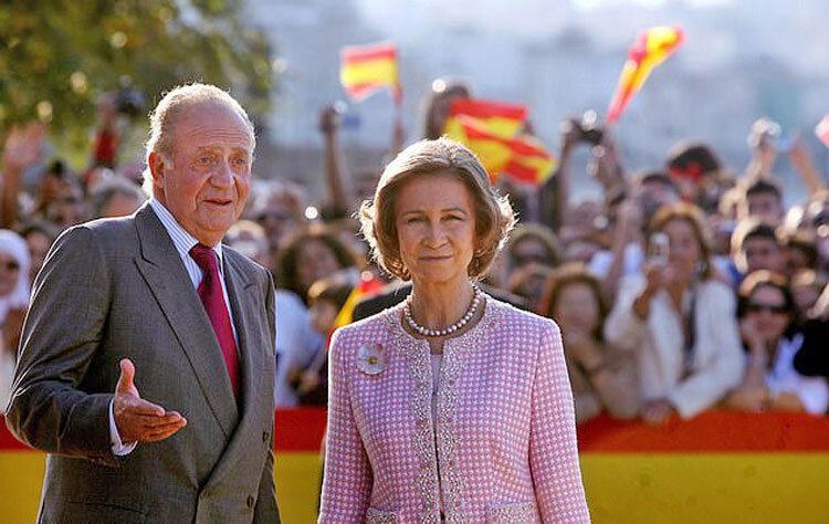 خوان کارلوس همسرش را جا گذاشت و رفت ، معشوقه پادشاه بدنام اسپانیا کیست؟